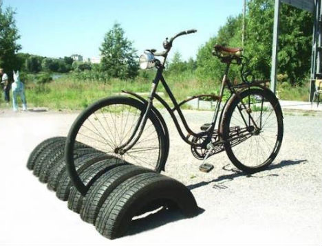 recycled-tires-bike-stand